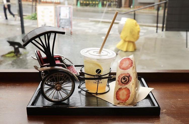 リキシャカフェのフルーツサンド